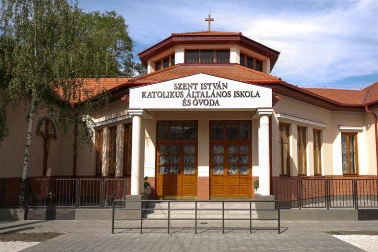 Szent István Katolikus Általános Iskola és Óvoda - Mezőtúr